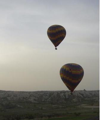 20080611222640-globos.jpg