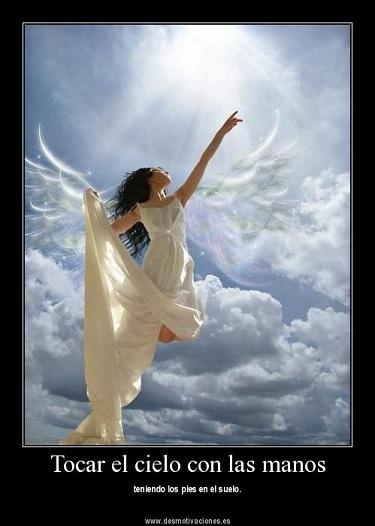 20120217173144-tocar-el-cielo-desmotivaciones.es-.jpg